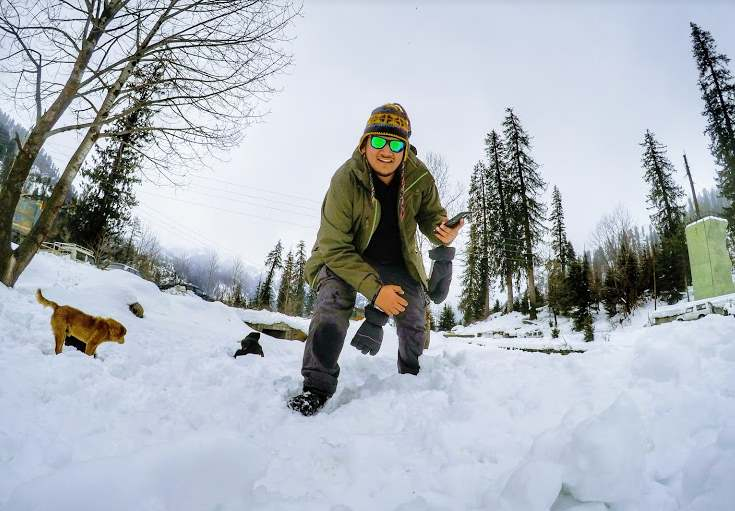 solang valley in winters Ghoomshuda things to do manali