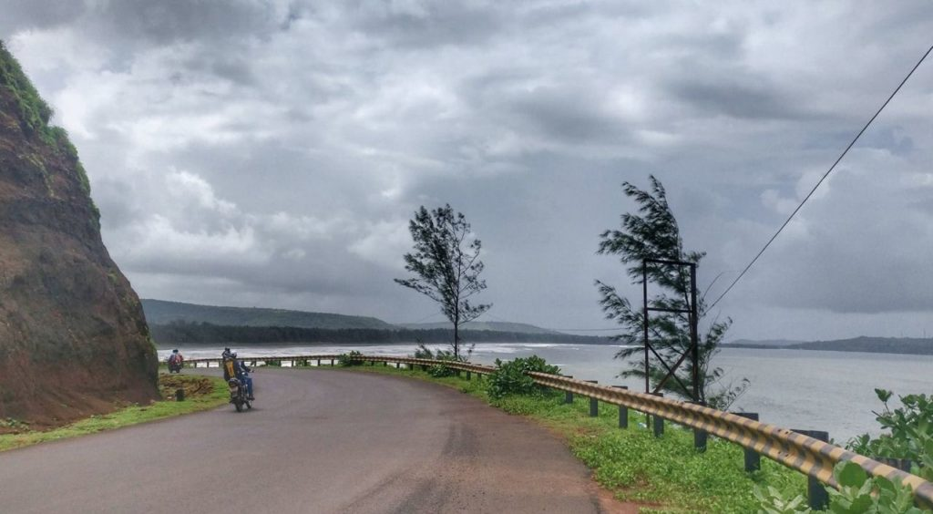 aare-waare-beach Mumbai Goa coastal route ride